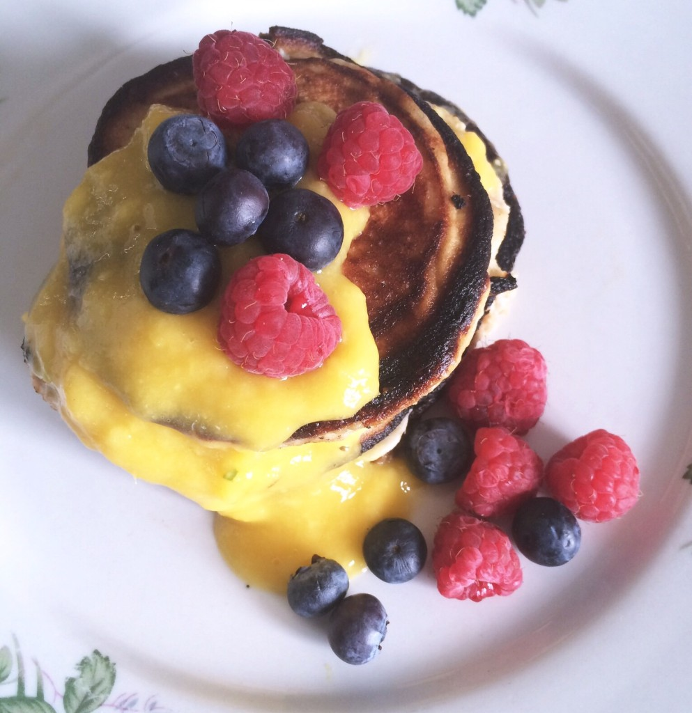 Easy 3 Ingredient Protein Pancakes